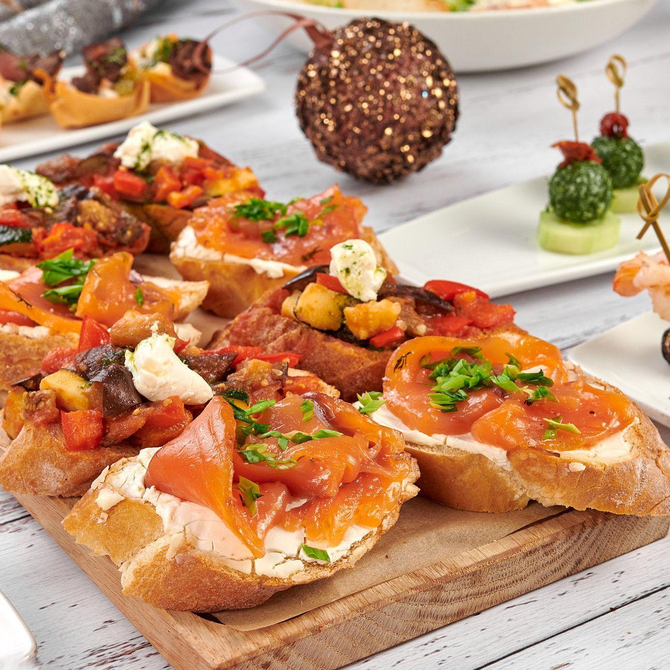 Новый год к нам мчится: Вкусные сеты для домашнего праздника